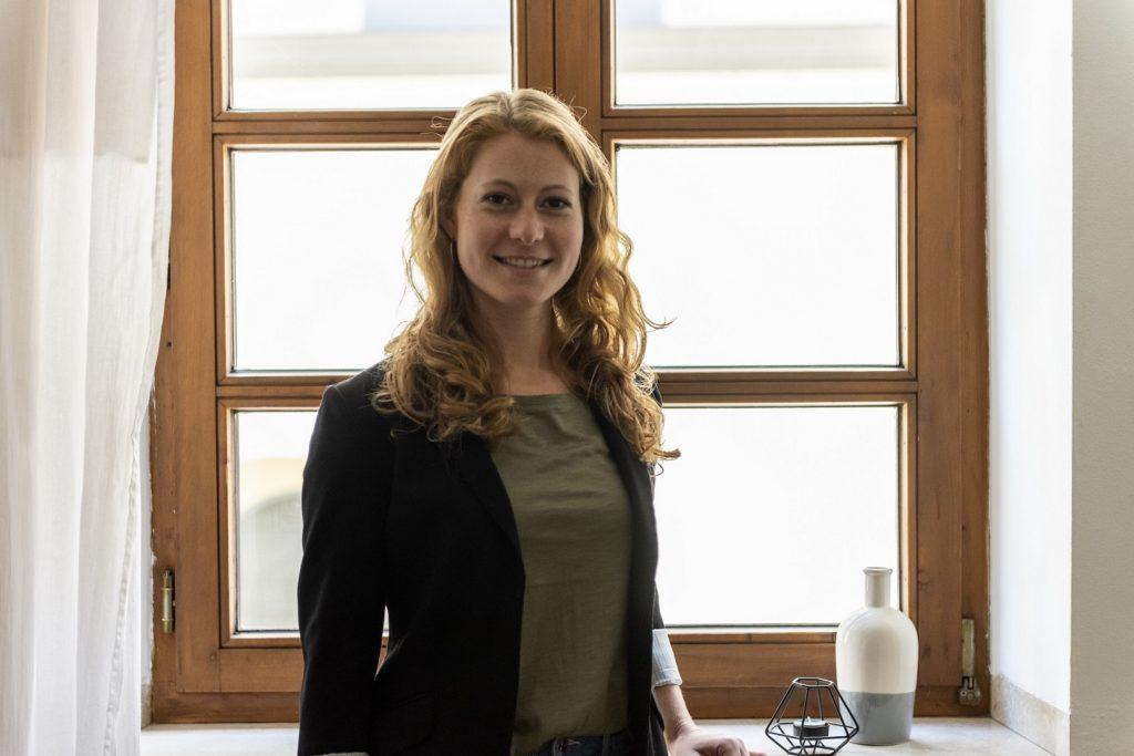 Regina Nebel - Virtuelle Assistentin-Online-Marketing